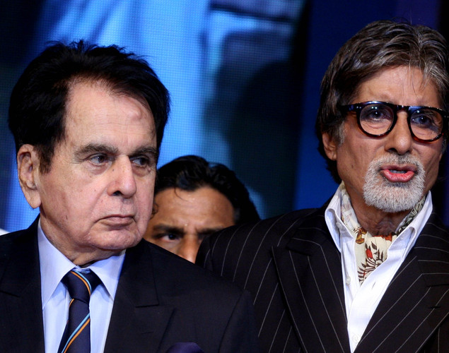 "Amitabh Bachchan (R) and Dilip Kumar (L) attend the ""143rd Dadasaheb Phalke Academy Awards 2012"" ceremony, celebrating Indian Cinema in Mumbai."