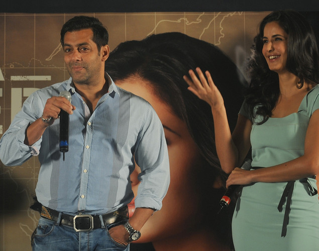 Bollywood actor Salman Khan (L) and actress Katrina Kaif attend a promotional event for their forthcoming film 'Ek Tha Tiger' in Mumbai.