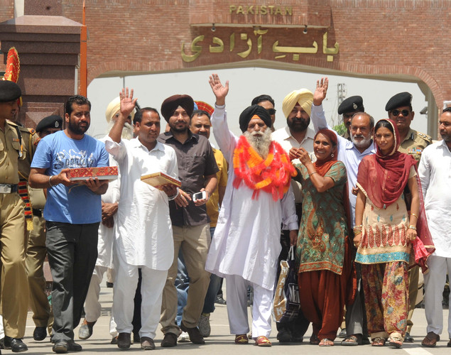 Surjeet said prisoners on both sides of the border should be released by the respective governments.
