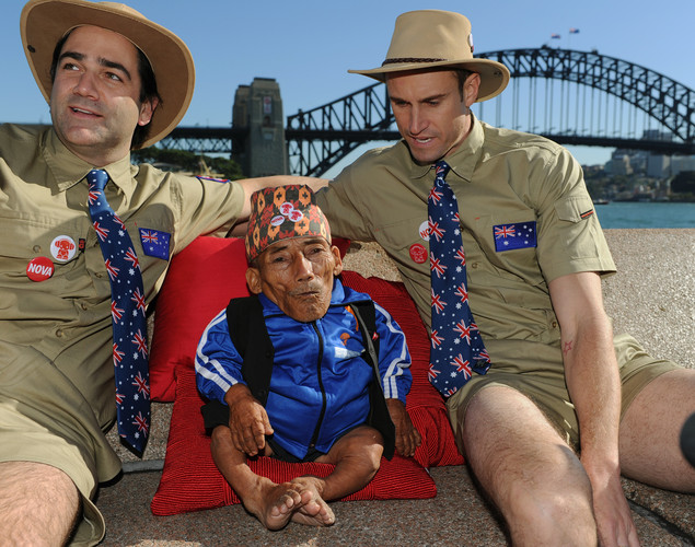 Chandra Bahadur Dangi (C), the 72-year-old Nepali crowned the 'world's shortest man' by Guinness World Records, poses with radio station announcers Fitzy (R) and Wippa (L) at the start of a week of promotional engagements.
