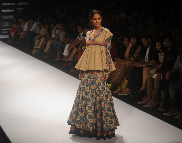 A model showcases a creation by designer Debarun on the third day of Lakme Fashion Week (LFW) winter/festive 2012 in Mumbai on August 5, 2012.