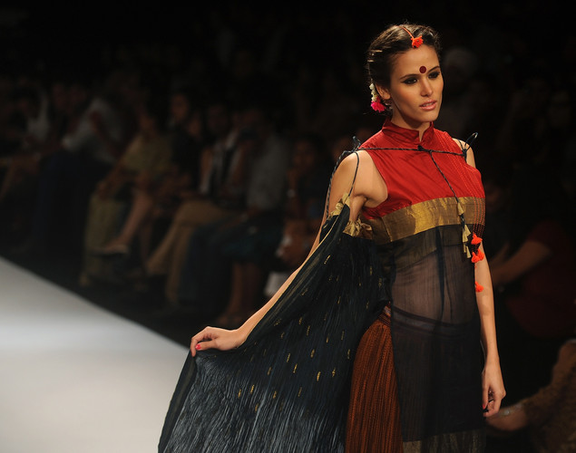 A model showcases a creation by designer Vaishali S on the third day of Lakme Fashion Week (LFW) winter/festive 2012 in Mumbai on August 5, 2012.