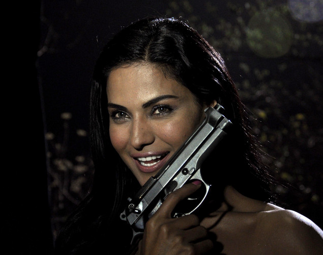 "Pakistani actress Veena Malik poses on the set of her forthcoming Hindi film ""Mumbai 125 kms"" in Mumbai on March 21, 2012."
