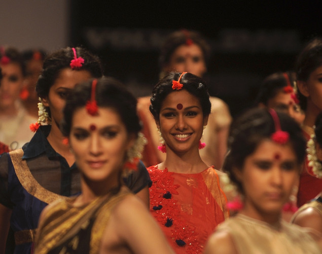 Models showcase creations by designer Vaishali S on the third day of Lakme Fashion Week (LFW) winter/festive 2012 in Mumbai on August 5, 2012.