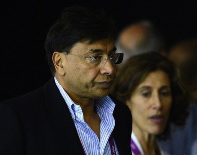 Indian steel magmate Lakshmi Mittal arrives to watch a swimming event at the London 2012 Olympic Games on July 31.