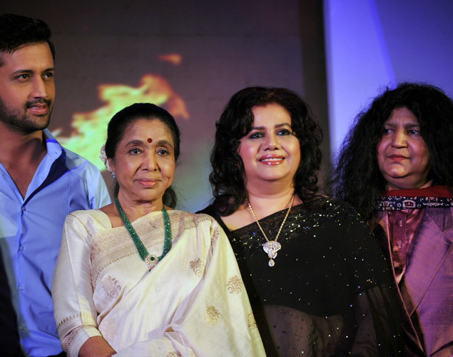 Pakistani pop singer Atif Aslam, Indian playback singer Asha Bhosle, Bangladeshi Singer Runa Laila and Pakistani Sufi Singer Abida Parveen pose during a media event for the television musical show 'Sur-Kshetra' In Mumbai.