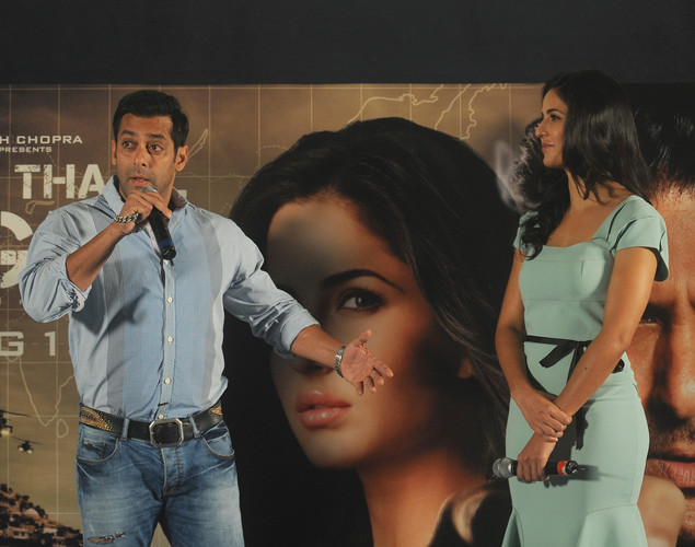 Bollywood actor Salman Khan (L) speaks as actress Katrina Kaif watches during a promotional event for their forthcoming film 'Ek Tha Tiger' in Mumbai.