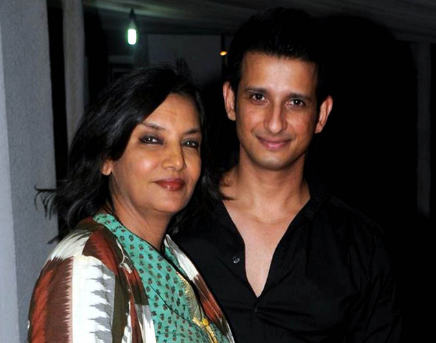 "Bollywood actors Shabana Azmi (L) and Sharman Joshi  pose during a party for the Hindi film ""Ferrari Ki Sawaari"" in Mumbai on June 20, 2012."