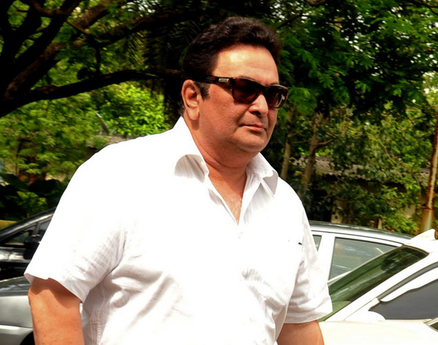 Bollywood actor Rishi Kapoor attends the cremation ceremony of late Indian actor Dara Singh in Mumbai.