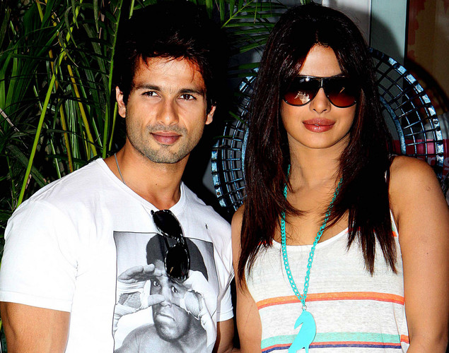 Bollywood film actors Shahid Kapoor (L) and Priyanka Chopra pose for a photograph during the promotion of the upcoming Hindi film 'Teri Meri Kahaani' in Mumbai.