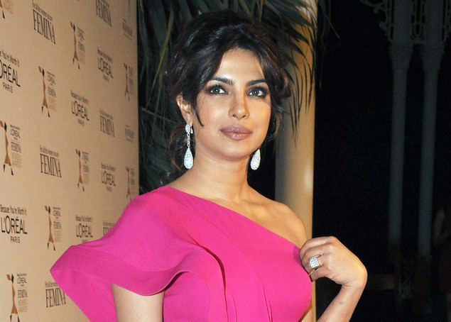 Indian Bollywood actress Priyanka Chopra attends the L'Oreal Paris Femina Women Awards 2012.