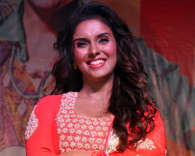 Asin Thottumkal poses during a promotional event for the forthcoming Hindi film ?Khiladi 786? directed by Ashish R Mohan in Mumbai late November 27, 2012.