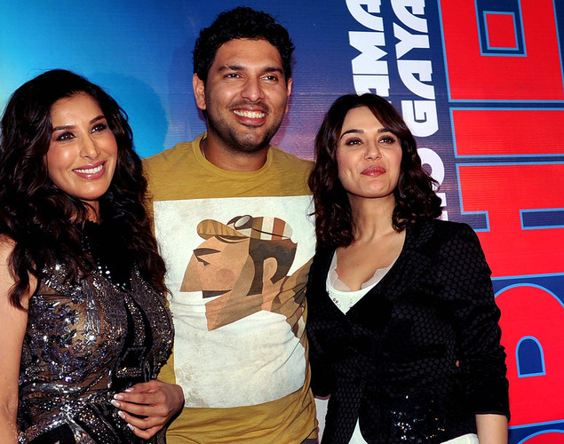 Bollywood film actress and singer Sophie Choudry (L) poses with film actress Preity Zinta (R) and Indian cricketer Yuraj Singh during the launch of her new video 'Hungama Ho Gaya', a remix of the yesteryear song, in Mumbai.