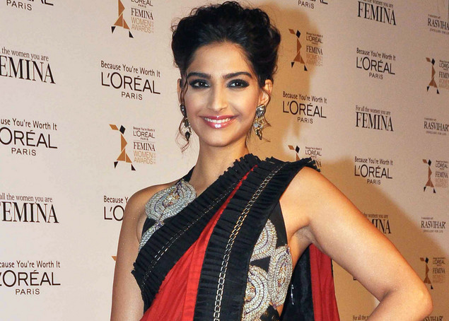 Indian Bollywood actress Sonam Kapoor attends the L'Oreal Paris Femina Women Awards 2012