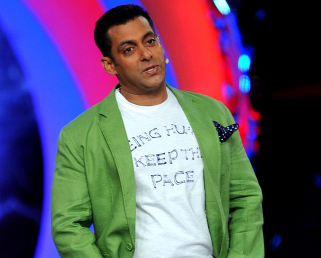 Indian Bollywood actor Salman Khan poses on the set of a television show during the promotion of the forthcoming Hindi film ?Dabbang 2? in Lonavala some 50kms south-east of Mumbai.