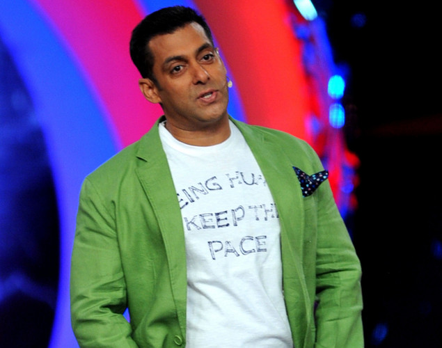 Bollywood actor Salman Khan poses on the set of a television show during the promotion of the forthcoming Hindi film 'Dabbang 2' in Lonavala.