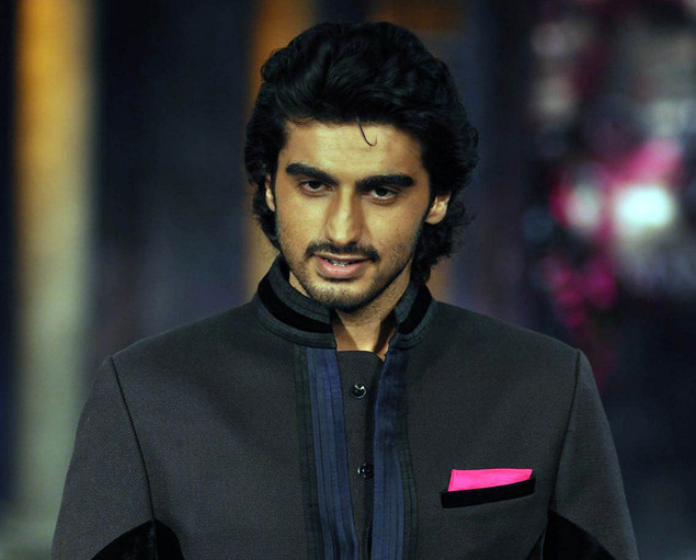 Arjun Kapoor poses during a fashion show for The Mijwan Welfare Society in Mumbai late September 3, 2012.