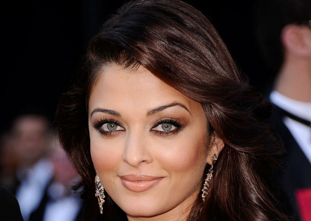 Actress Aishwarya Rai Bachchan arrives at the 83rd Annual Academy Awards.