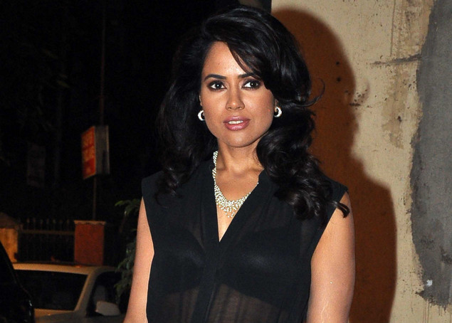 Sameera Reddy attends the launch of the Kallista Spa and Salon in Mumbai on April 20, 2012.
