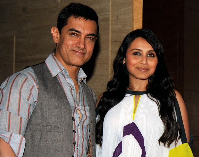 "Bollywood actors Aamir Khan and Rani Mukherjee pose during a party event for the Hindi film ""Talaash"" in Mumbai."
