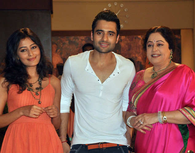 Jackky Bhagnani (C), Nidhi Subbaiah (L) and Kirron Kher (R) pose during a promotional event for the Hindi film 'Ajab Gazabb Love' in Mumbai