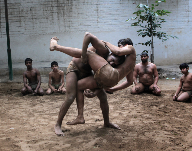 It was developed in the Mughal Era by combining native malla-yuddha wrestling with Persian pahlavani.