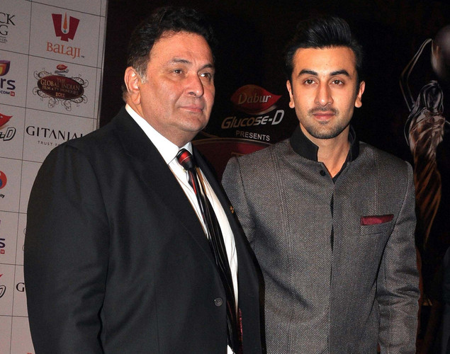 Rishi Kapoor (L) and his son Ranbir Kapoor attend the 'Global Indian Film and TV Honours Awards 2012'