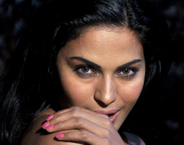Pakistani actress Veena Malik poses on the set of her forthcoming Hindi film Mumbai 125 kms in Mumbai on March 21, 2012.
