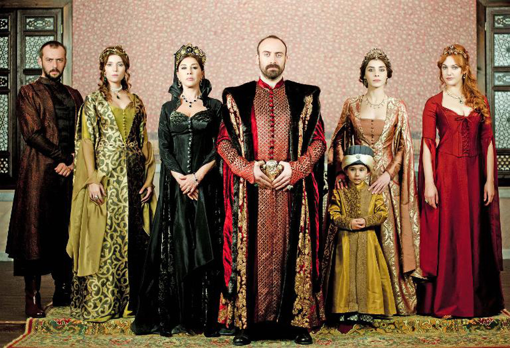 Suleiman the Magnificent reconquers Arab world, Balkans