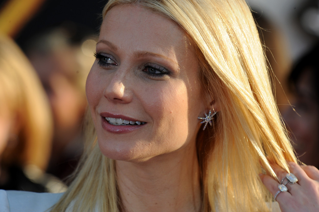 Gwyneth Paltrow and Tracy Anderson to debut fitness web series