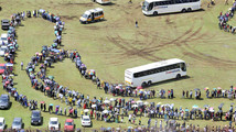 Mandela's body lies in state for second day