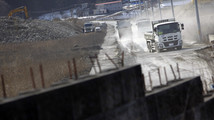 Construction crunch slows Japan tsunami rebuilding