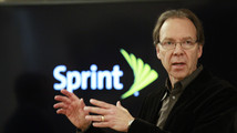 Sprint CEO Hesse's compensation rises four-fold