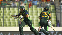 Alam ton takes Pakistan to 260-5 against Sri Lanka