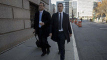 Former SAC Capital portfolio manager Steinberg arrives with his lawyer Barry Berke at the Manhattan Federal Courthouse in New York