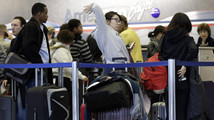 Foul weather threatens to snarl US holiday travel