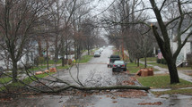 Tens of thousands lose power in Mich. from storm