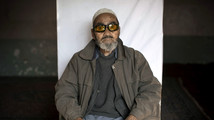 AP PHOTOS: Wary Afghans register to vote