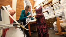 'Downton Abbey' costumes on display at Del. museum