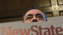 Scotland's Salmond talks independence, but plays politics
