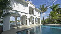 Al Capone's gangster mansion on the market in Miami Beach