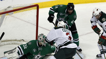Cole's late breakaway goal lifts Stars over Wild