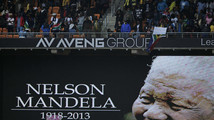 Mourners in South Africa flock to Mandela memorial