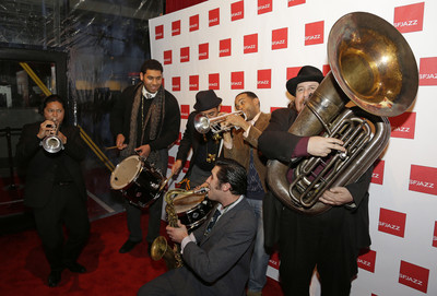 SFJazz Center opens, bringing swing to West Coast