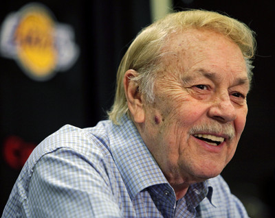 Jerry Buss, Los Angeles Lakers' owner, dies at 79