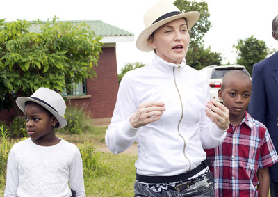 Madonna leaves Malawi after visits to schools