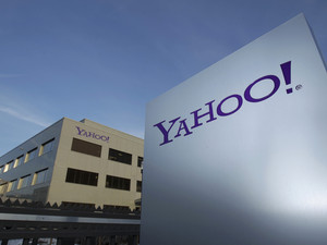 Yahoo names U.S. surveillance critic as chief security officer