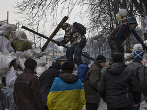 Ukraine PM vows stability after Moscow deal