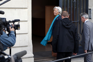 IMF chief Lagarde arrives to be questioned by a French magistrate in Paris