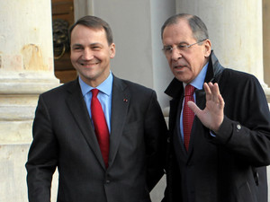 Poland's Foreign Minister Radoslaw Sikorski and his Russian counterpart Sergei Lavrov meet at the Palace on Water in Warsaw